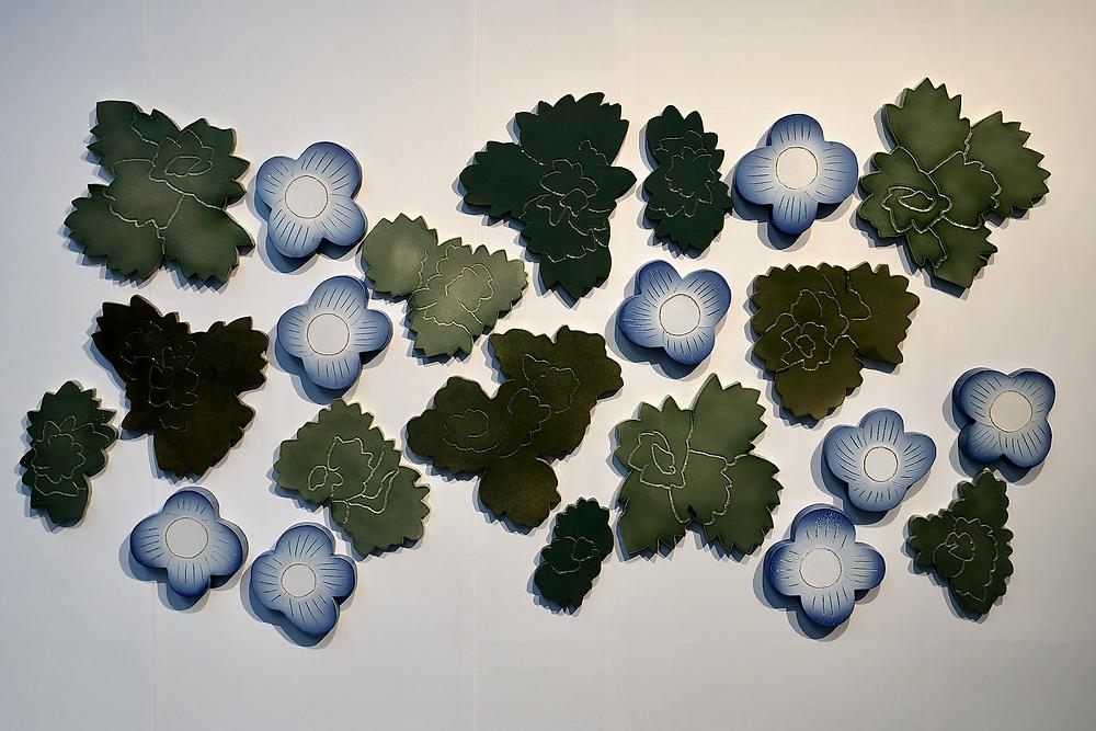 石本藤雄氏の陶のオブジェ。テキスタイルから陶器のアートへ。ブログ