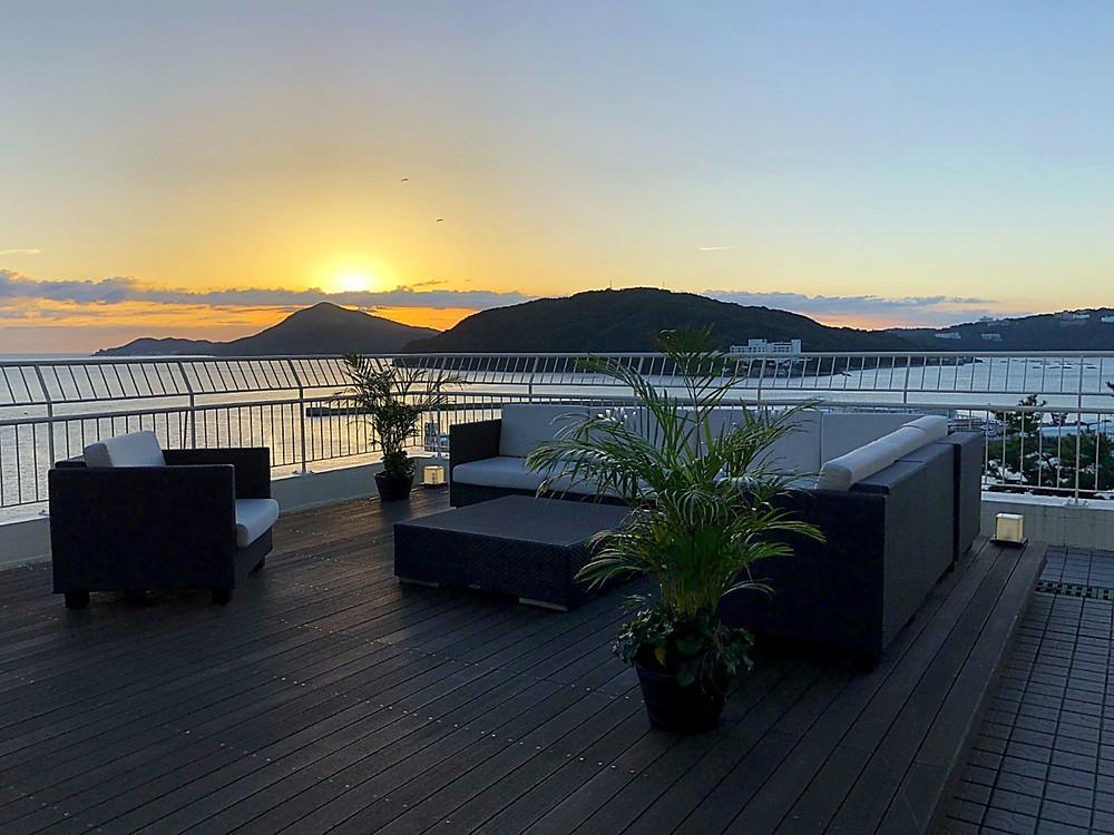 鳥羽のホテルのテラスから見た日の出。秋分の日。インテリアコーディネーターのブログ。