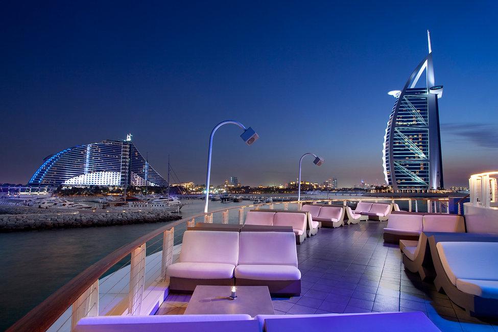 Jumeirah-Beach-Hotel---360-Degrees---Upp