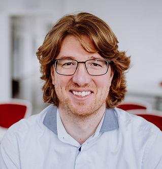 Das Bild zeigt das Gesicht von Gebard Borck in einer Nahaufnahme, einem Portrait