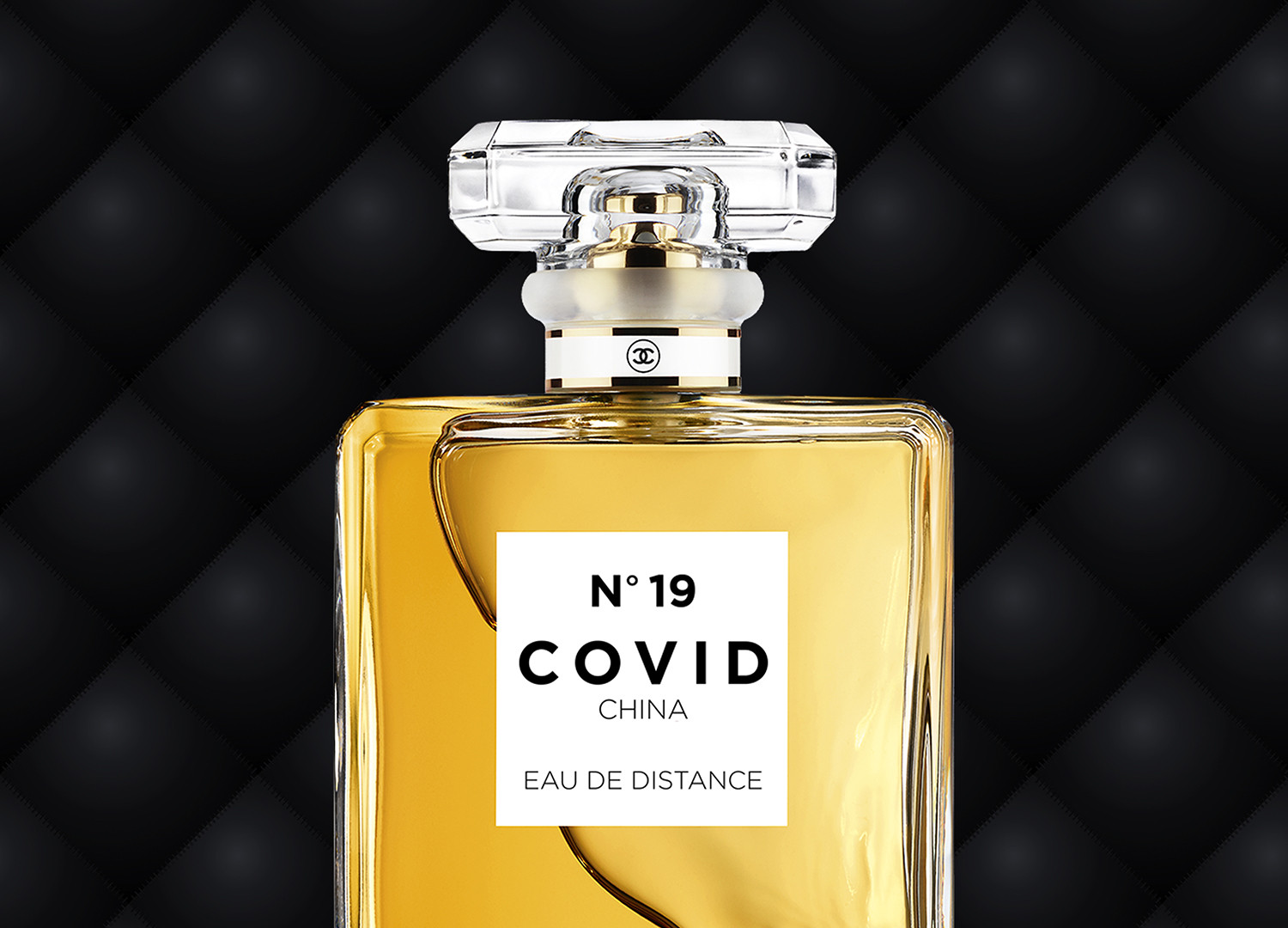 COVID No.19 EAU DE DISTANCE (Black Leather)