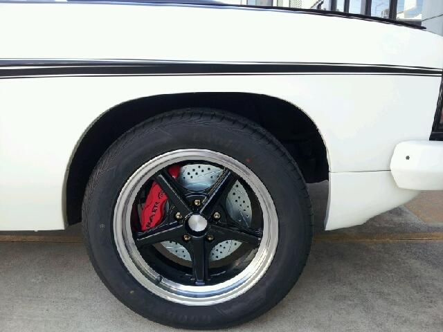 Track 4_17Inch Wheels