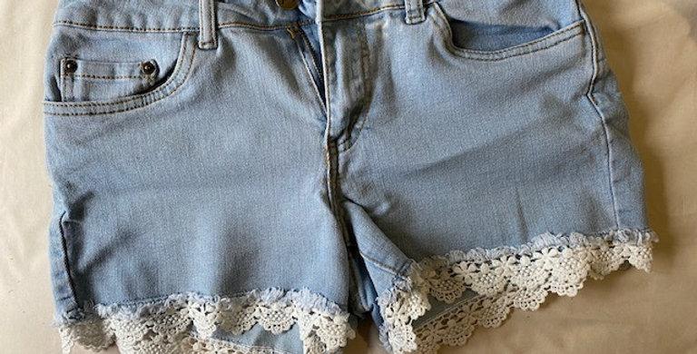 Trail denim shorts