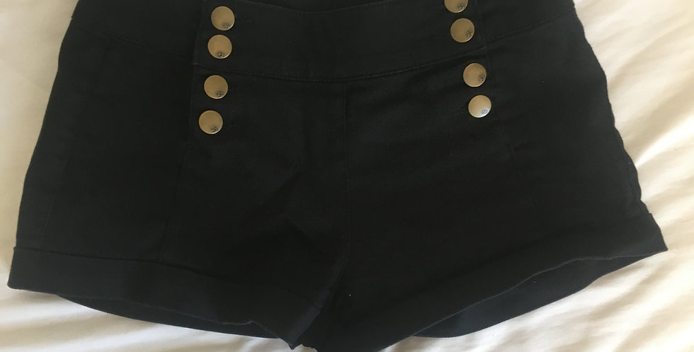jayjays black shorts