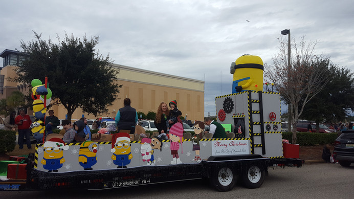 minions christmas float
