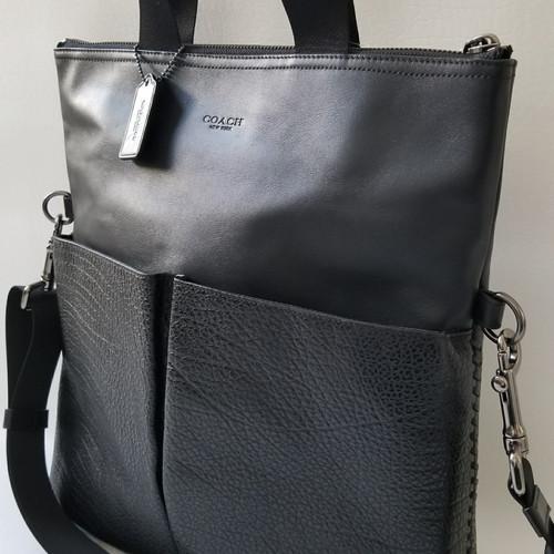 c5c514810da0 Coach Mix Leather stitching Foldover business Tote Crossbody