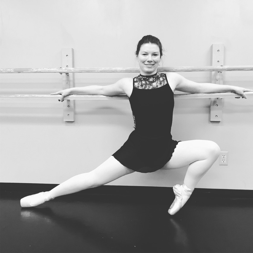 Taylor in ballet class