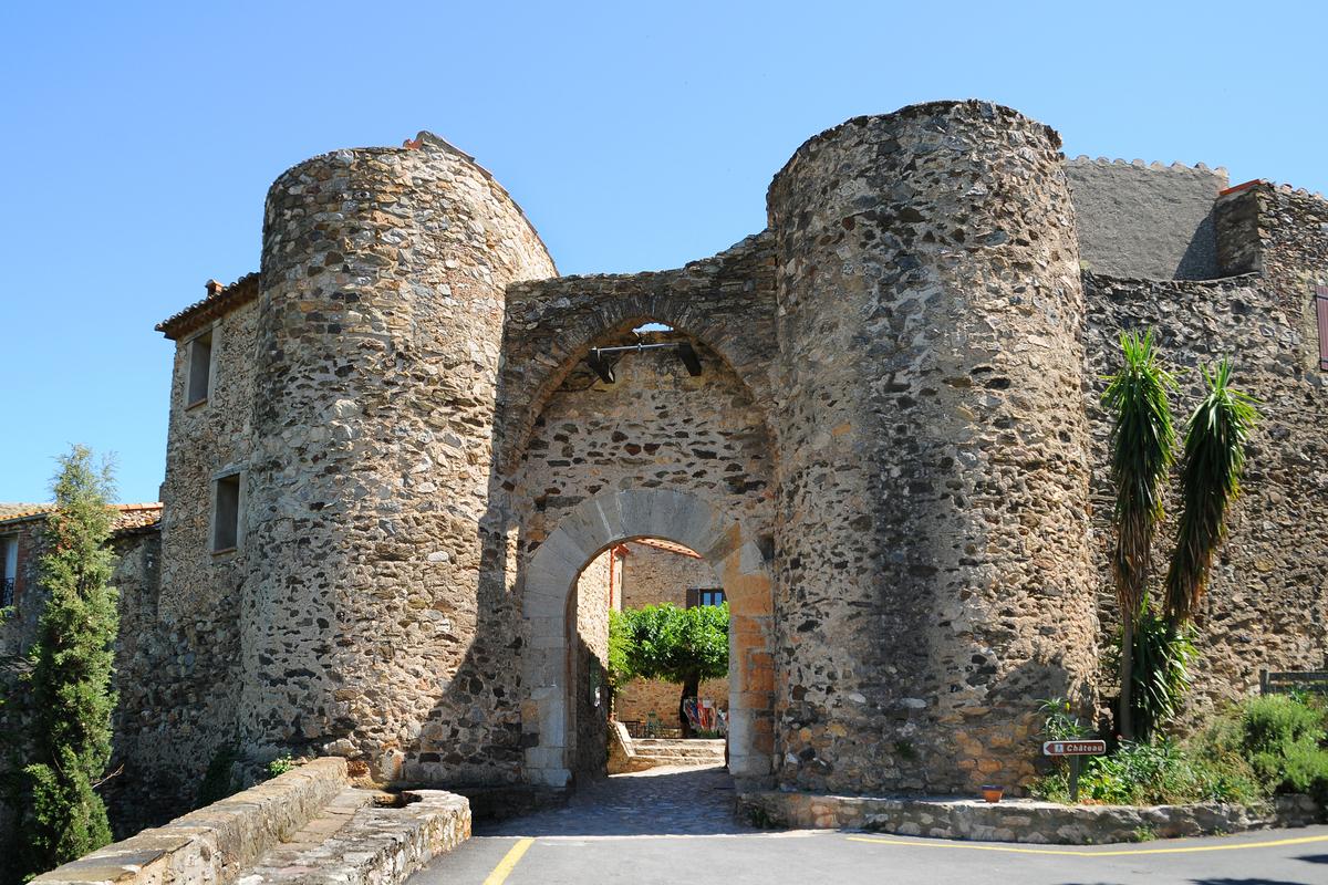 La porte de Castelnou