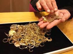 we buy gold 2.jpeg