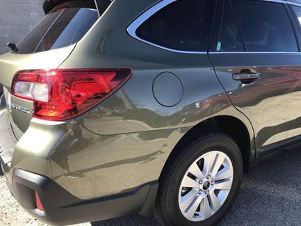 Right rear panel like new.