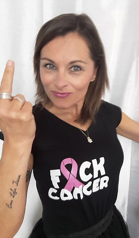 Gazelle de piou piou, arzelle Saighi, forum des hotesses de l'air, cancer du sein, fuck cancer, cancersucks