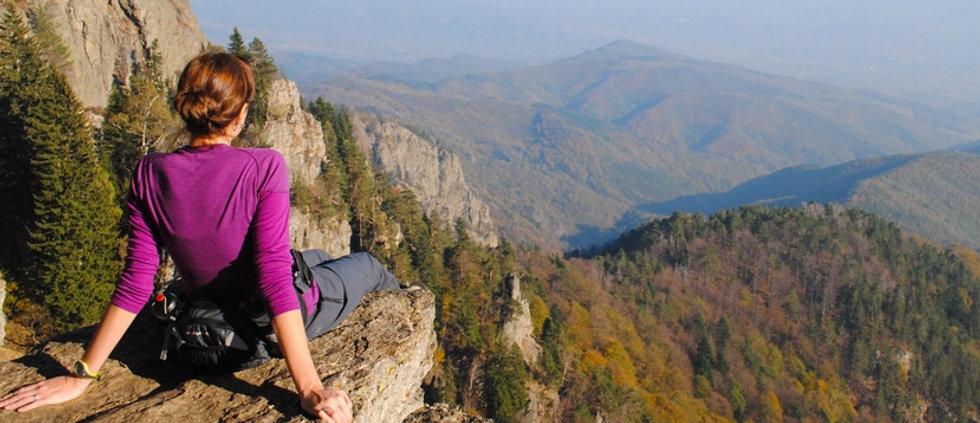 woman-hiker1.jpg