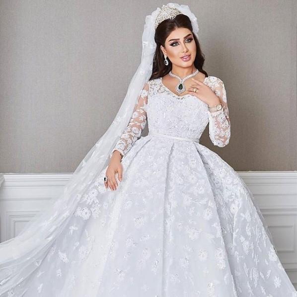 3e068d7c1 فساتين زفاف بتوقيع يوسف الجسمى