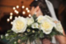wedding photography bride bouquet flowers