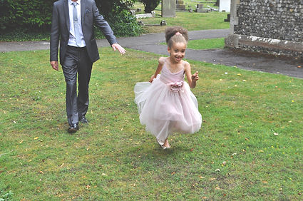 wedding photography family kid child run running