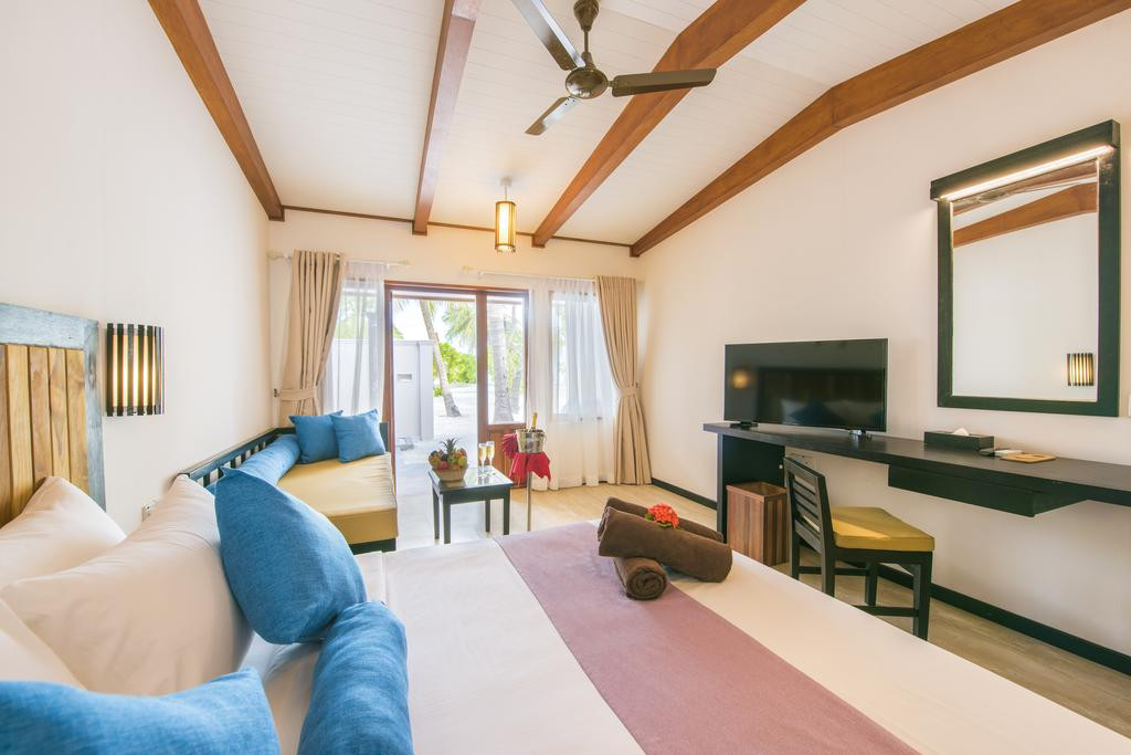 Fun Island Resort Maldives4.jpg