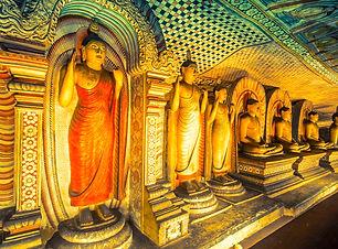 Dambulla-Cave-temple-Culturale-Triangle-