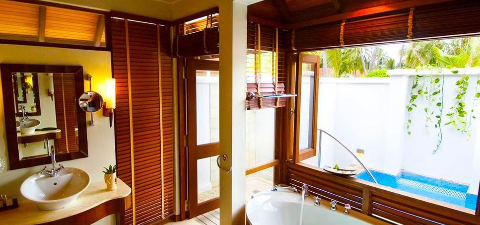 Kurumba Maldives 9.jpg