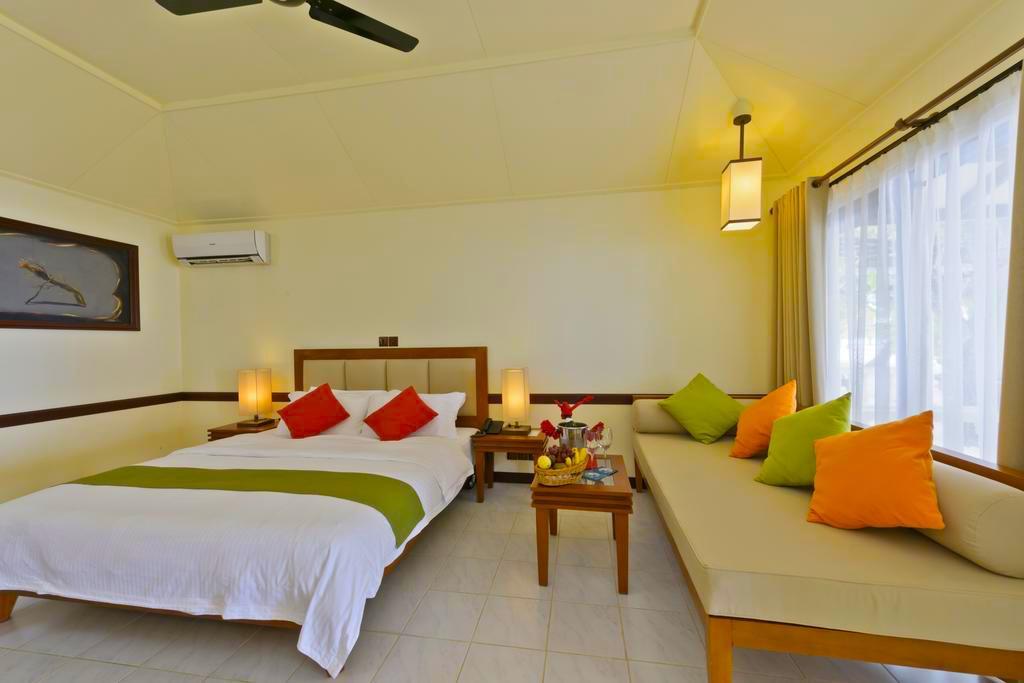Paradise Island Resort Maldives12.jpg