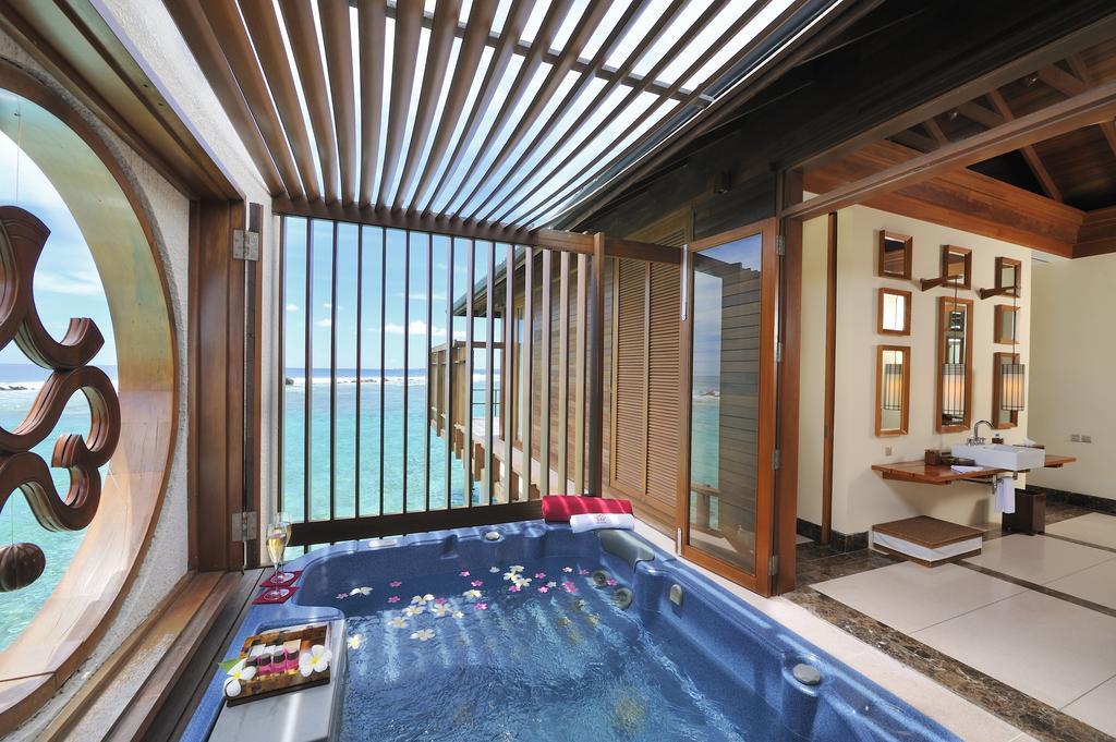 Paradise Island Resort Maldives11.jpg