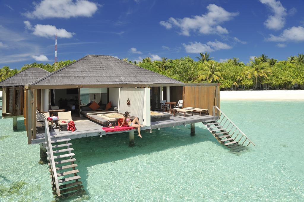 Paradise Island Resort Maldives6.jpg