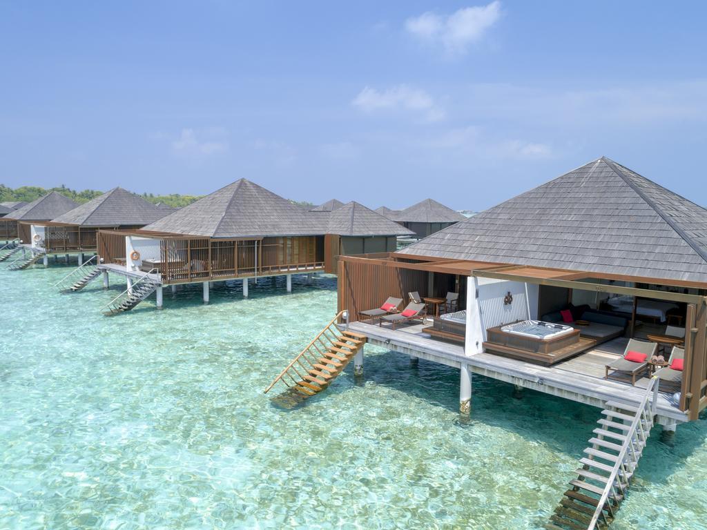 Paradise Island Resort Maldives2.jpg