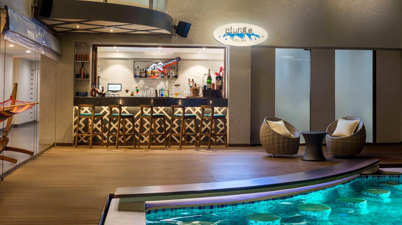 Le Meridien Goa Pool Bar.jpg