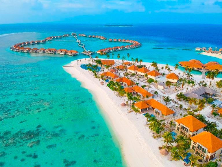 Radisson-Blu-Maldives-Drone-Shot-768x576