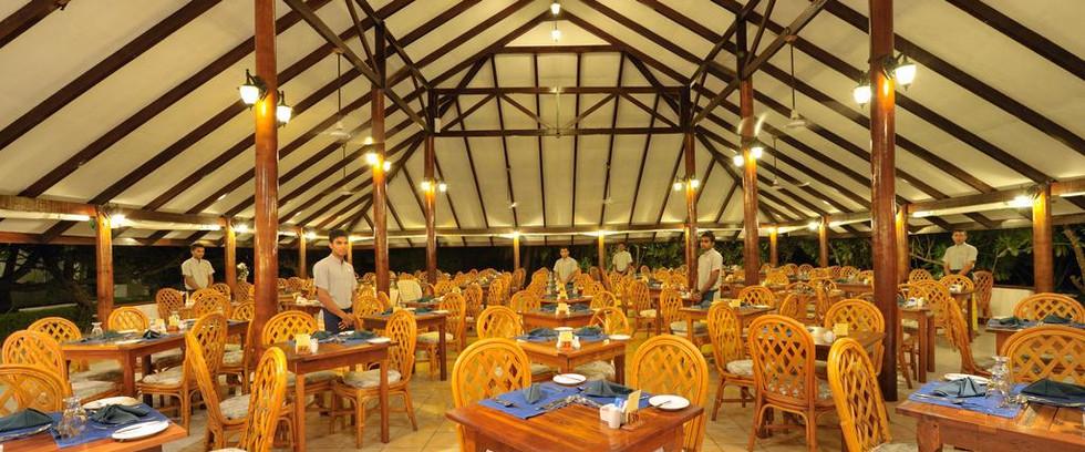Fun Island Resort Maldives10.jpg