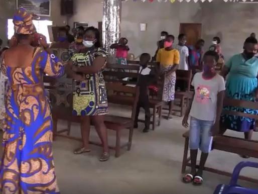 Togo : chants avec les filleuls