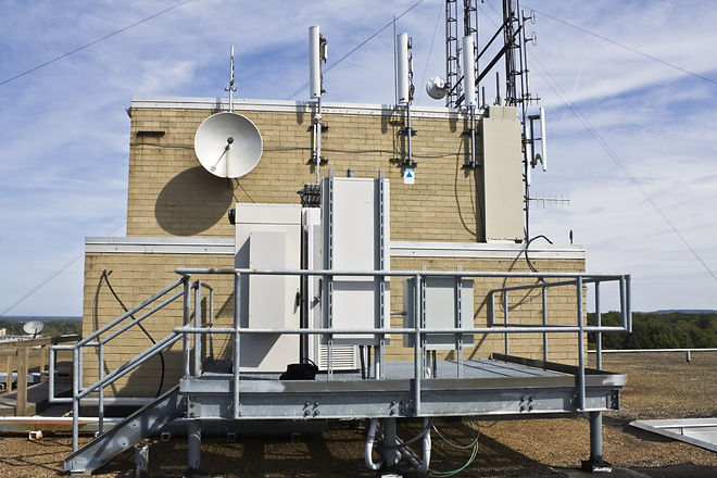 Cellular equipment on the platform insta