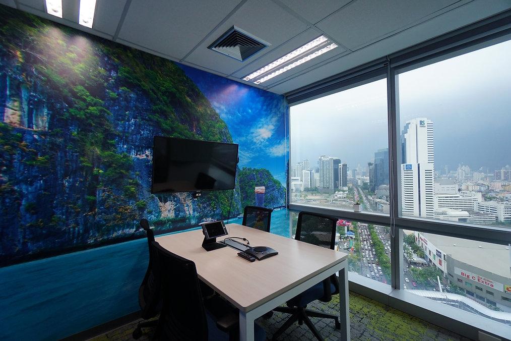 New Office_190611_0030.jpg
