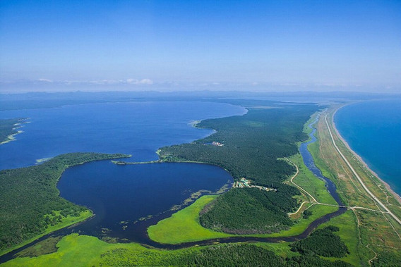 Вид на озера с дрона