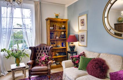 Austen Lounge Corner