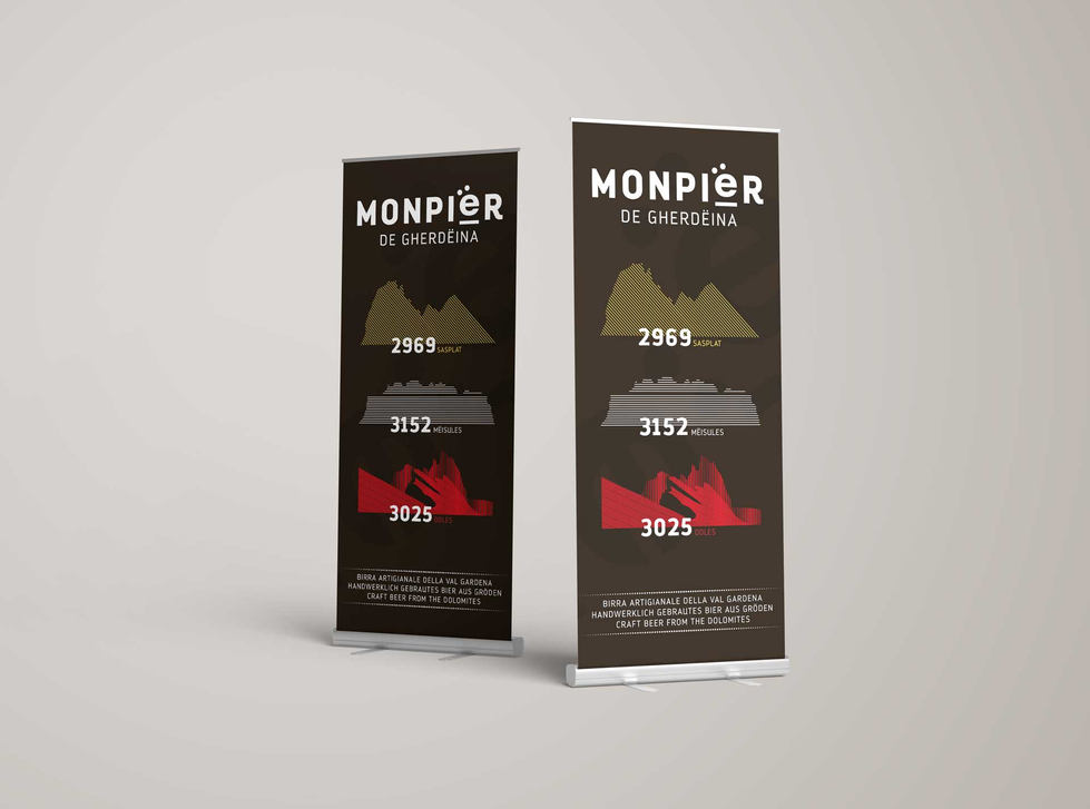 06-Roll-Up-Display-Monpier_web.jpg