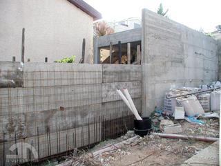 השלמת קירות הפרדה