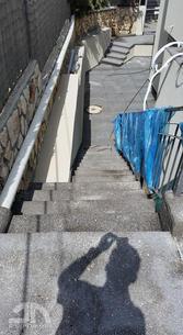 ביצוע מדרגות גרנולית - ירידה לחצר אחורית