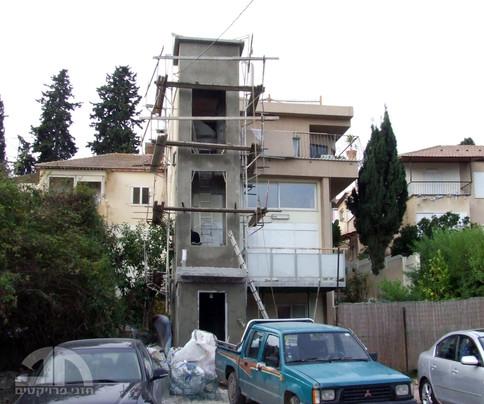 בניית פיר המעלית