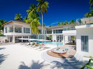 03-The Amilla Villa Estate - Phenominal