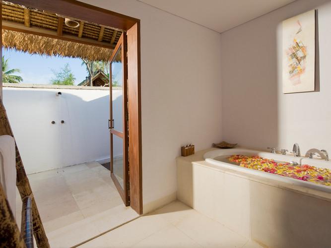 22. Villa Sepoi Sepoi - Hibiscus Room ba