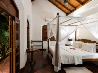 13. No.39 Galle Fort - Guest bedroom lay