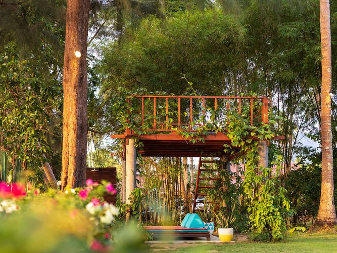 8. Ban Suriya - The tree house.jpg