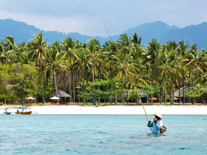 32. The Anandita - Private beach with fi