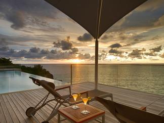 35-Malaiwana Villa R - Sunset awaits.jpg