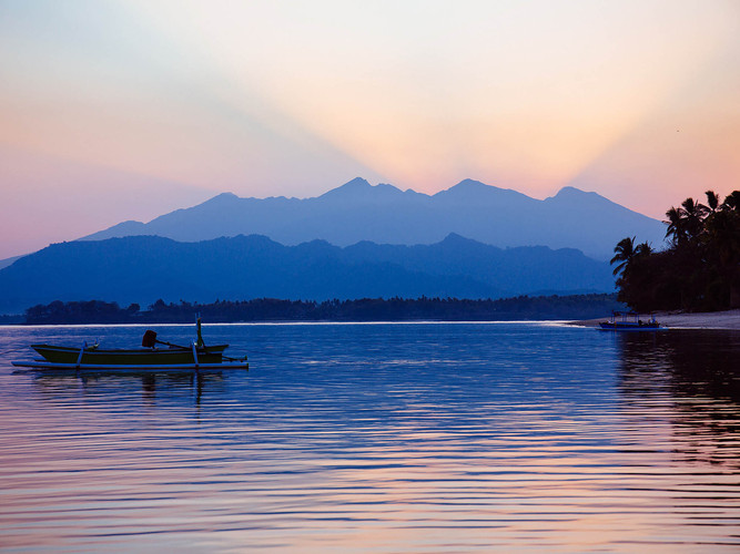 34. The Anandita - Mt. Rinjani at dusk.j
