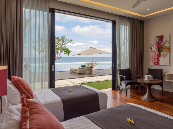 Grand Cliff Nusa Dua -Twin bedroom view