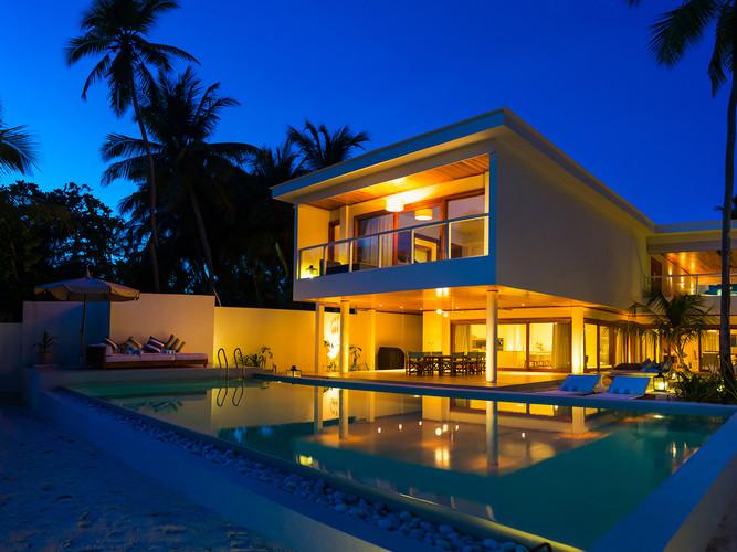 12-4 Bedroom Villa Residences - Evening