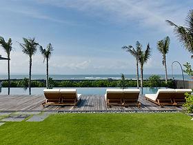 03-Arnalaya Beach House - Sunloungers by