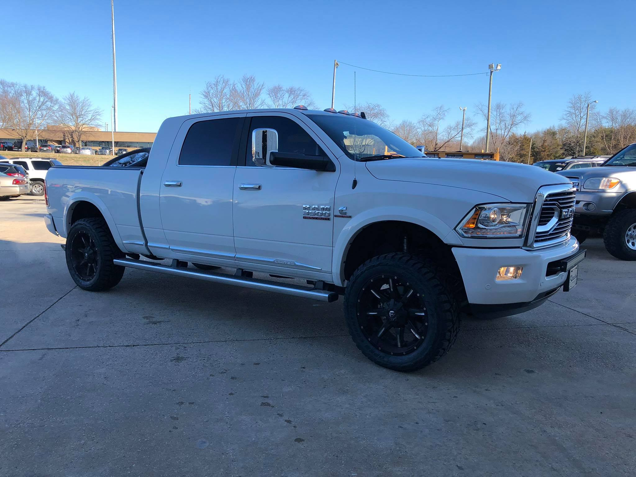 Route 66 2018 Lifted Ram 2500 White