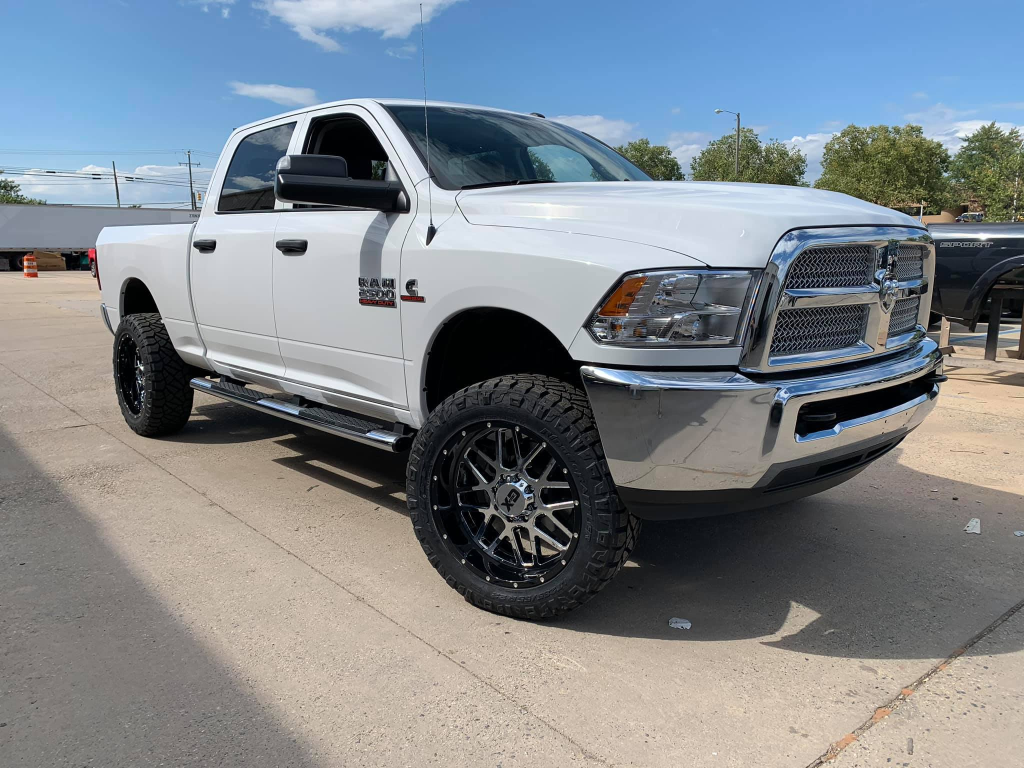 Route66 2018 Leveled Ram 2500 White